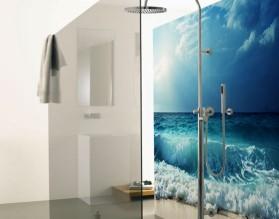 FALE BIJĄCE O BRZEG - hartowany panel szklany do łazienki