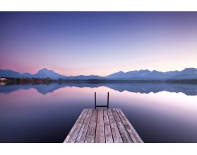 Pomost do jeziora - obraz na płótnie - grafika