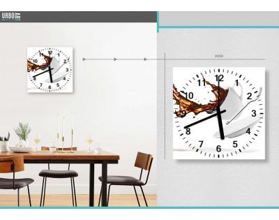 KAWA W LOCIE - zegar szklany